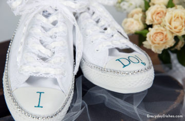 DIY bride sneakers craft