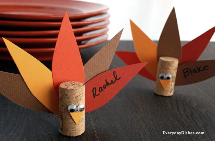 Make turkey place card holders using wine corks