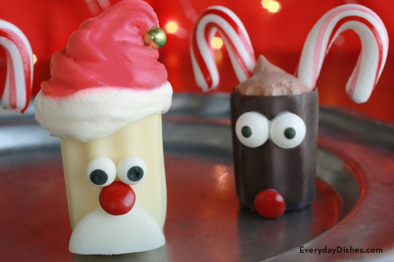 No-bake mini santa desserts are a fun and easy Christmas party snack