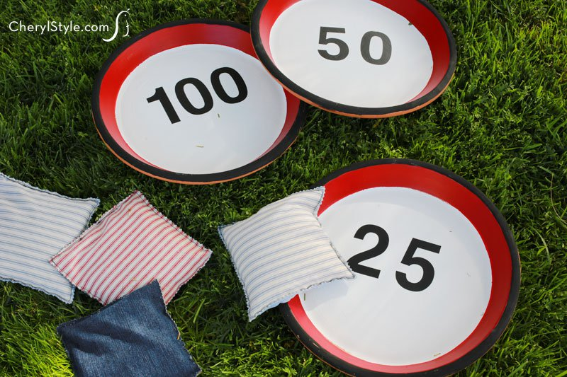 #upcycled DIY bean bag toss #game | instructions on Everyday Dishes & DIY.com