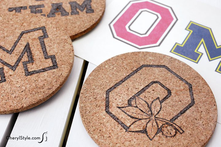 It's football season! Make DIY game day trivets