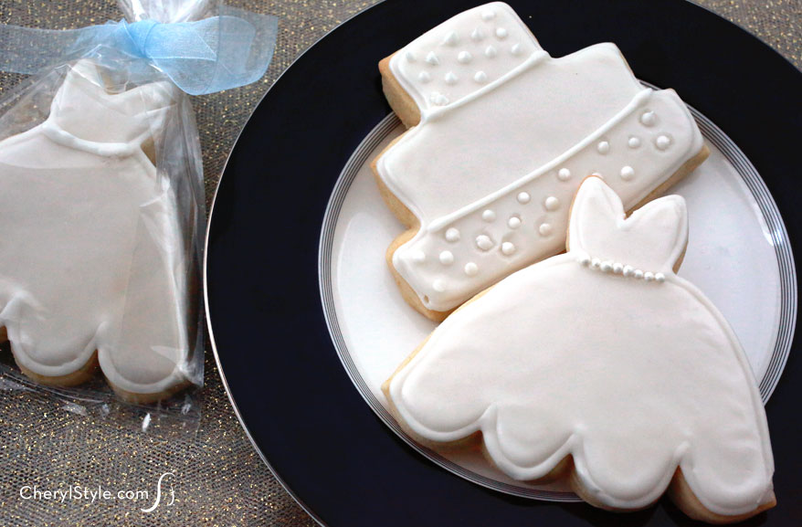 Iced bridal shower cookies