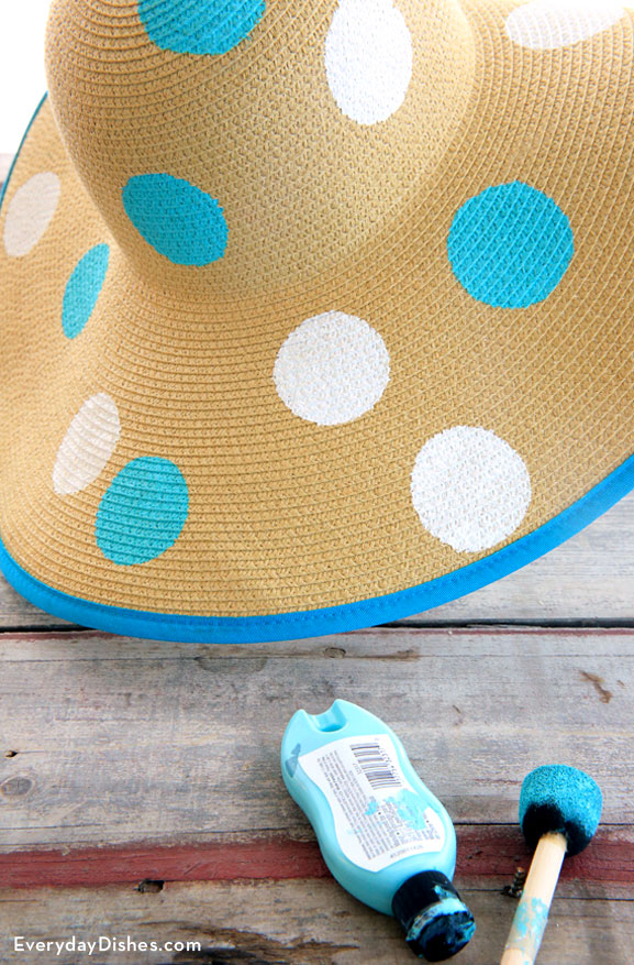 Polka dot floppy hat