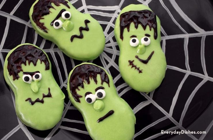 Halloween Frankenstein cookies the kids will go crazy for!