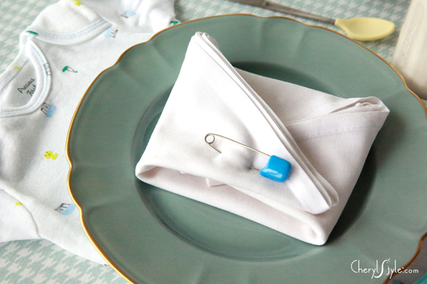 DIY onesie baby shower place setting