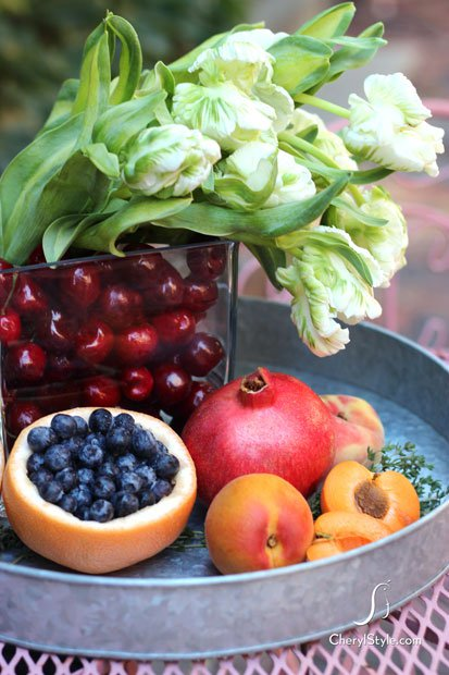 Edible centerpiece ideas using fruits and flowers