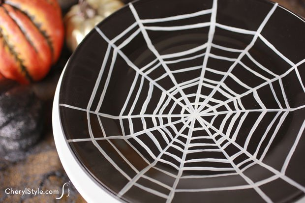 Paint your own spider web Halloween plate