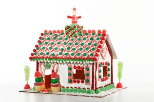 don't bake! just decorate a plastic gingerbread house from Candy Cottage!     Everyday Dishes & DIY.com