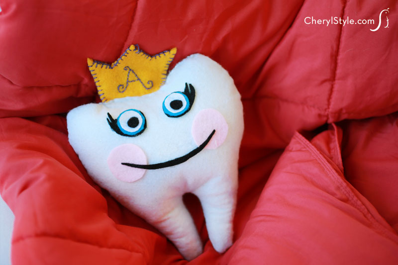 How to make a tooth fairy pillow out of felt for your kids