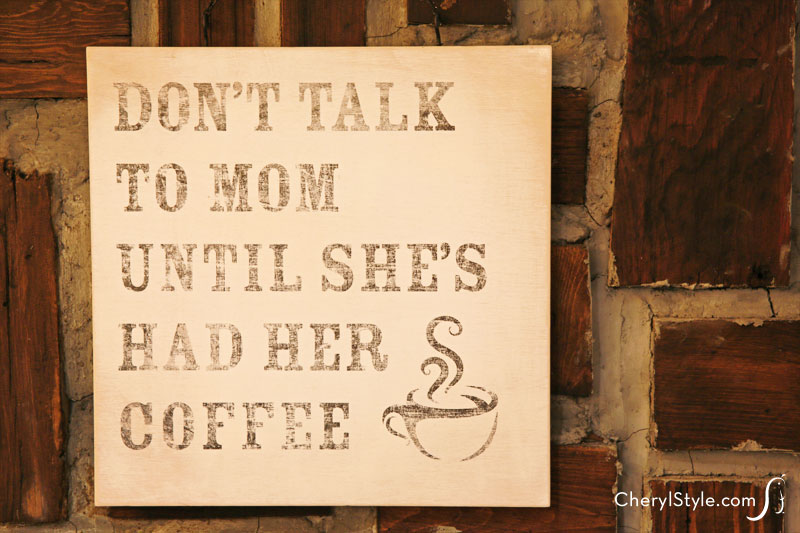 Super simple DIY printable to wood transfer sign for Mother's Day