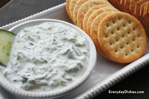 Make quick and easy cucumber dip in just 10 minutes!