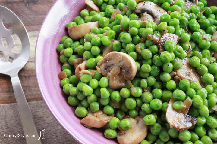 Green peas with mushrooms make a yummy side dish!
