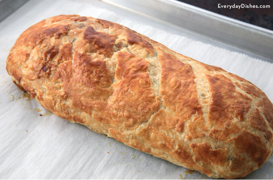 Sausage breakfast stromboli recipe