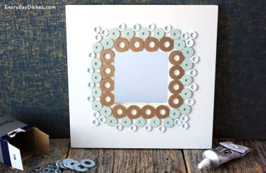 Decorate frames using washers