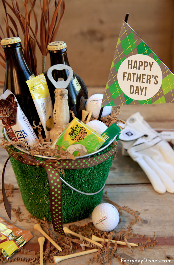 Golf-themed Father's Day gift bucket craft