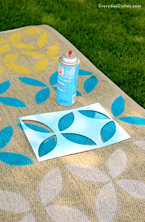 DIY stenciled outdoor rug