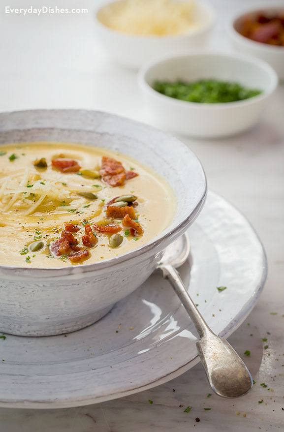 Roasted Acorn Squash Soup with Bacon and Pumpkin Seeds Recipe